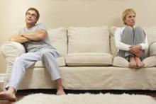 只因怀疑丈夫网恋 妻子一气之下服毒自杀